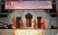 KKN di Nusa Penida Bupati Suwirta Lepas 334 Mahasiswa ISI Denpasar
