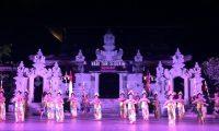 "Peringati Hari Tari Sedunia HMJ Tari FSP ISI Denpasar Gelar "" Night Show"""